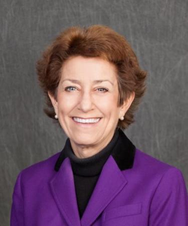 bio pic of Sandi Weaver,  CPA, CFP®, CFA®